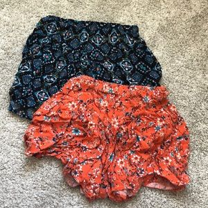 BUNDLE: (2) girls Art Class knit shorts